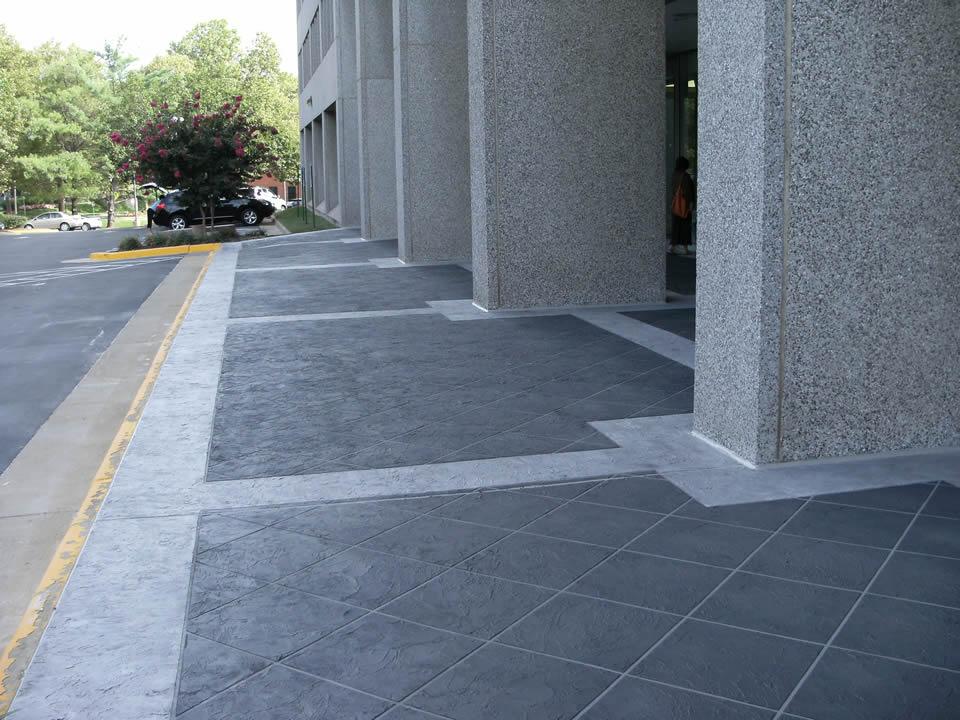commercial decorative concrete contractor