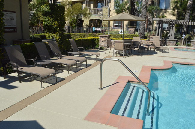 decorative concrete pool decks