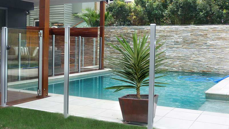 limestone fences swimming pool